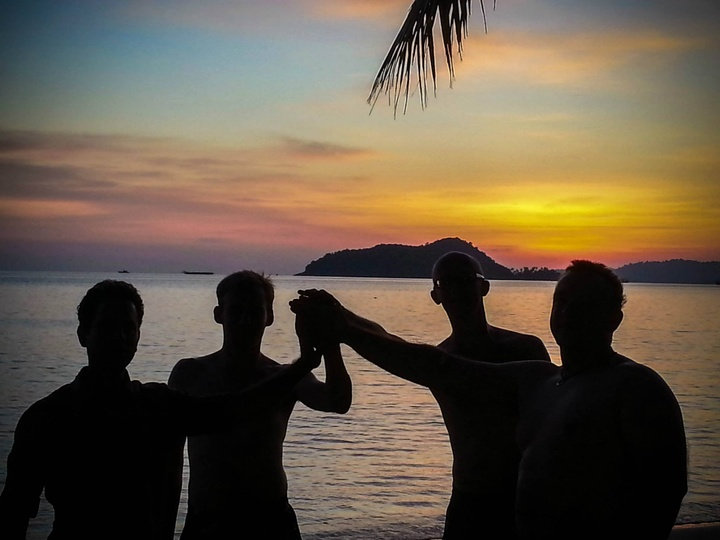 Senior Software Developer in Tropical Paradise Thailand 03