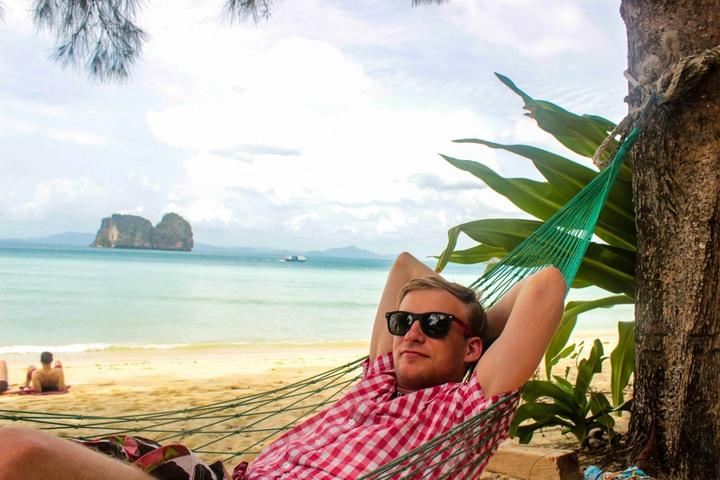 Senior Software Developer in Tropical Paradise Thailand 09