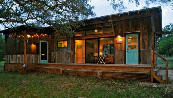 The Old Western Road - majakese tutvustus La-arboleda-reclaimed-space-small-cabin-01