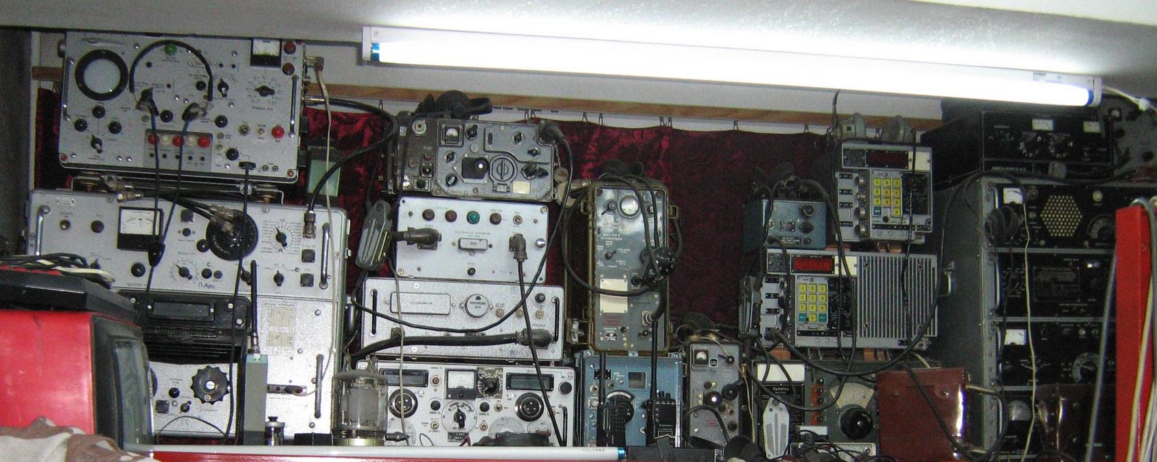 Советская приемо-передающая военная аппаратура на обмен RA