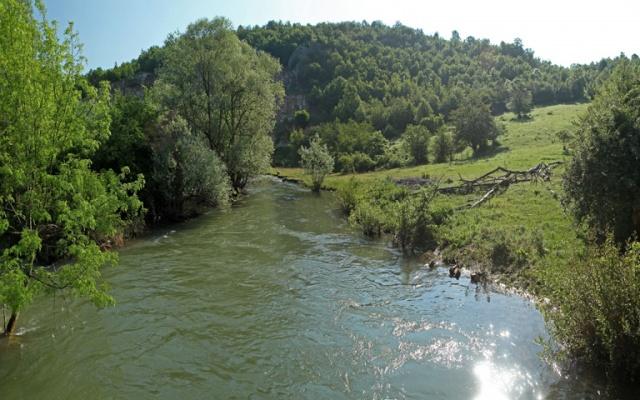Reke Srbije - Page 2 Black-timok-river-3-640x400