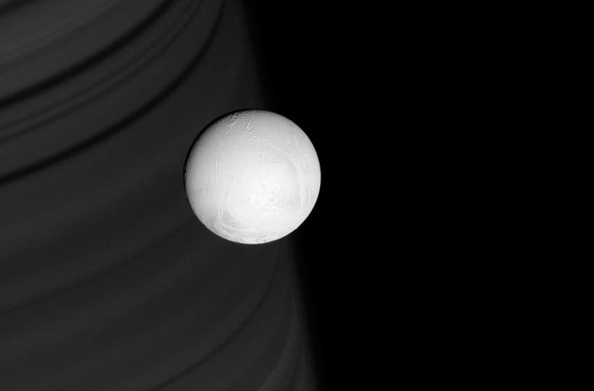 Властелин колец: Сатурн 43d3a4c4c2304e809bbeeacb01740fe7