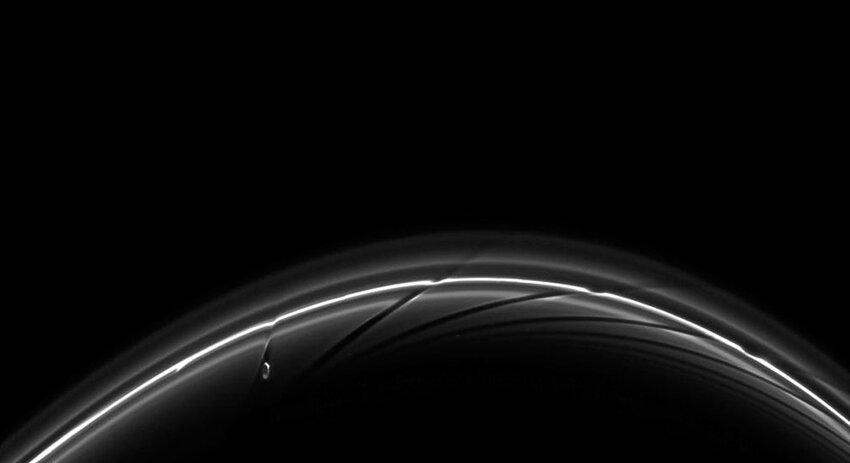 Властелин колец: Сатурн E80f3430e0091788411ebb5b99143790