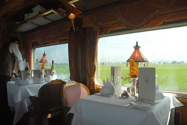 Путешествие на поездах повышенного комфорта 008