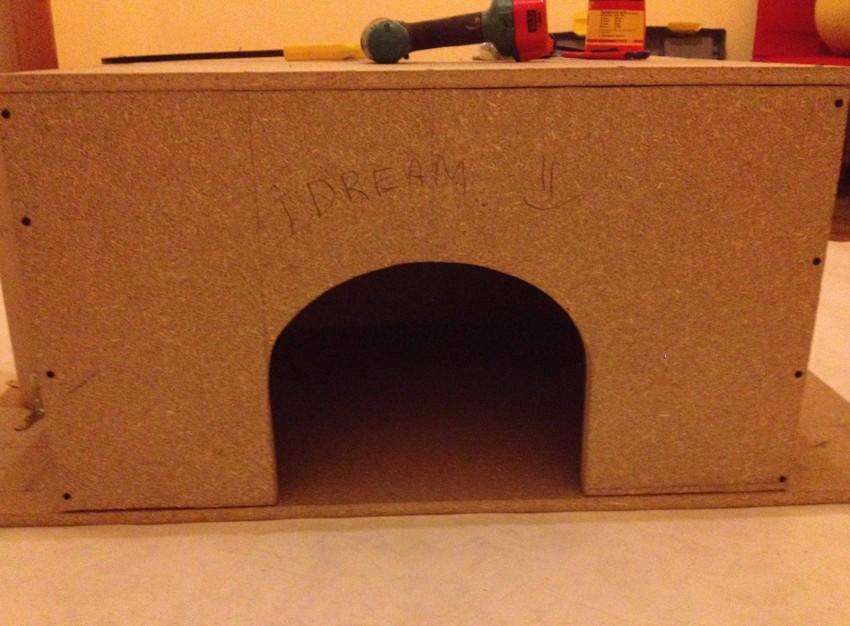 Самодельный домик для кота Abc132e68699ed68c198debba878454c
