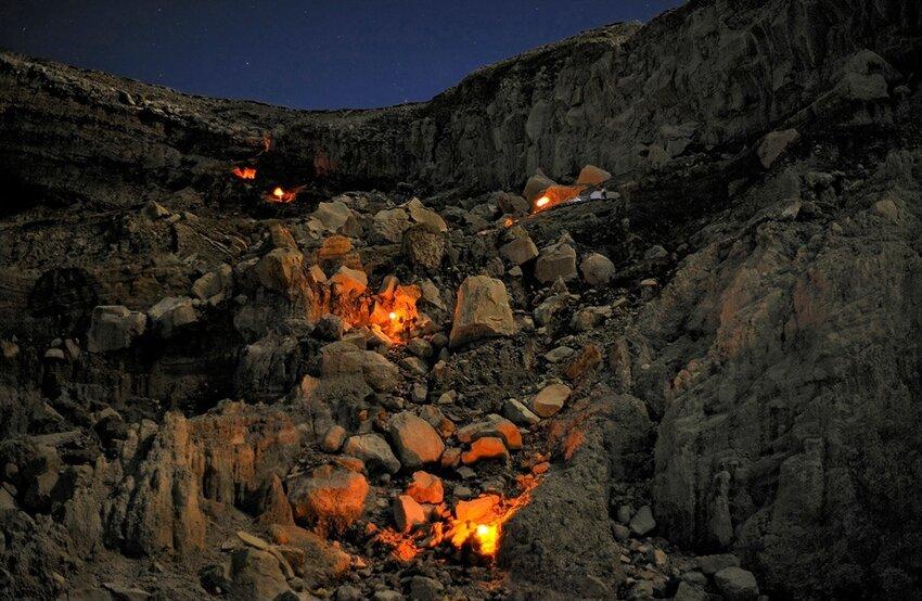 """Не """"пыльная"""" работёнка - добыча серы в вулкане 6614058ry6"""
