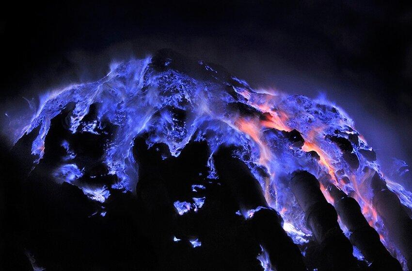 """Не """"пыльная"""" работёнка - добыча серы в вулкане 6614061vas"""