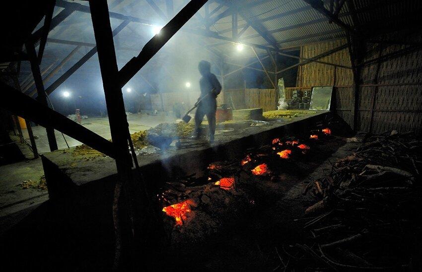 """Не """"пыльная"""" работёнка - добыча серы в вулкане 6614066e62"""