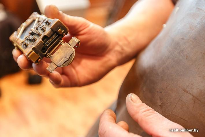 В руках минского мастера рождаются уникальные вещи в стиле стимпанк 05d8cfe4628a8c5ebecba00c710b29da
