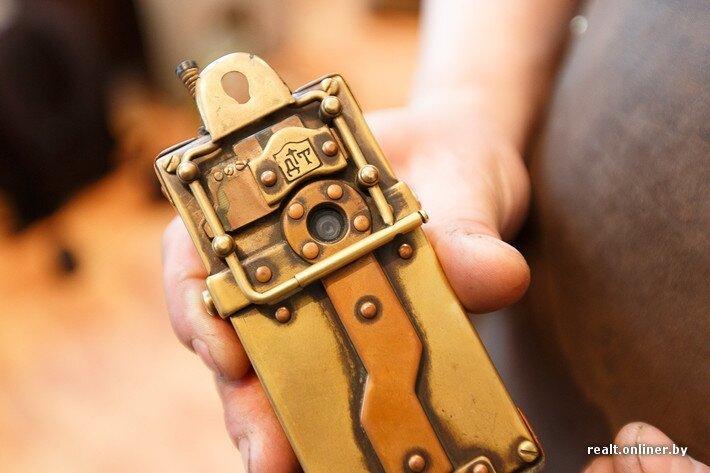 В руках минского мастера рождаются уникальные вещи в стиле стимпанк C7a3fd42da0f063cd8cdd2ef6e621b9d