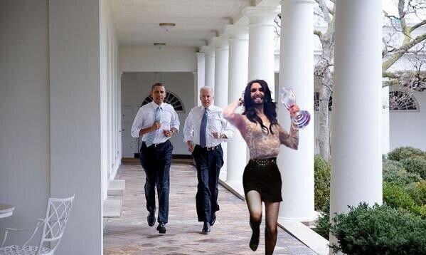 Фотожабы на пробежку Обамы и Байдена по Белому Дому 3281388