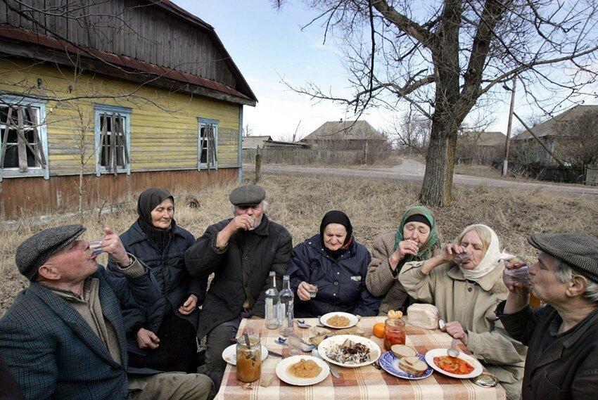 Жизненные фотографии белорусских деревень B6f4c9ae3575acf530fd20bf862730e4