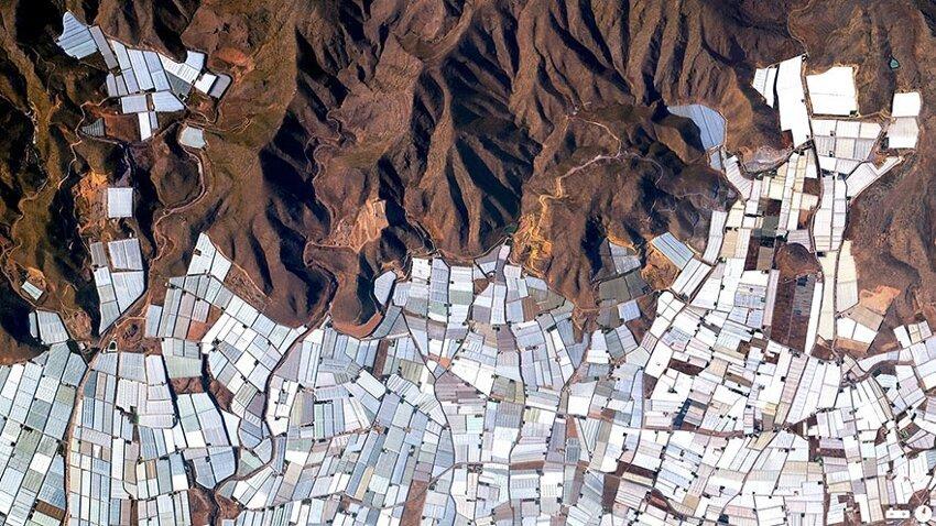 Невероятные снимки со спутника. Satellite-aerial-photos-of-earth-11
