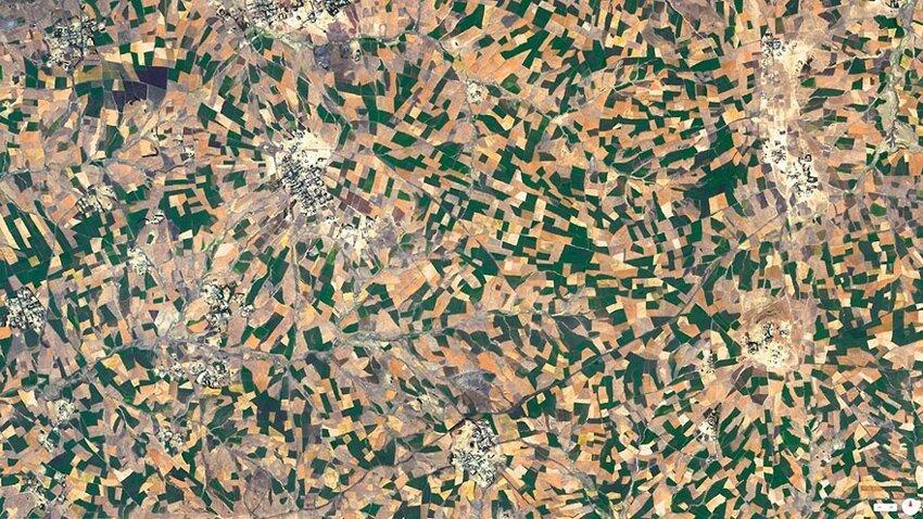 Невероятные снимки со спутника. Satellite-aerial-photos-of-earth-21