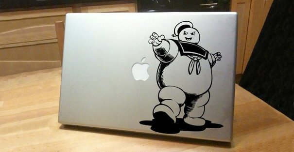 Наклейки на macbook 124