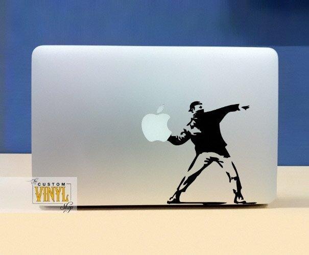 Наклейки на macbook 134