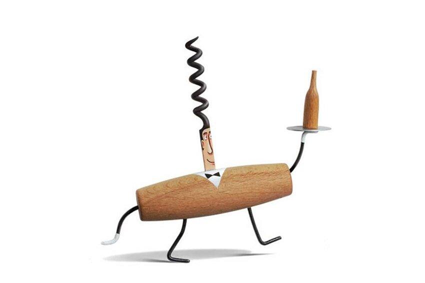 Художник создаёт из повседневных предметов, игривых персонажей. Everyday-object-sculptures-gilbert-legrand-111