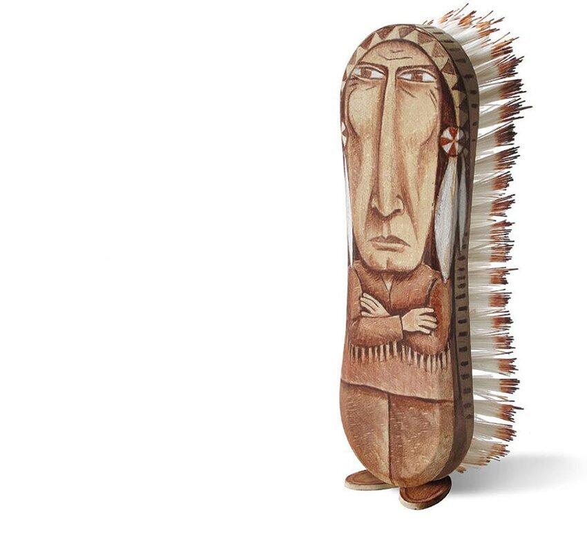Художник создаёт из повседневных предметов, игривых персонажей. Everyday-object-sculptures-gilbert-legrand-16