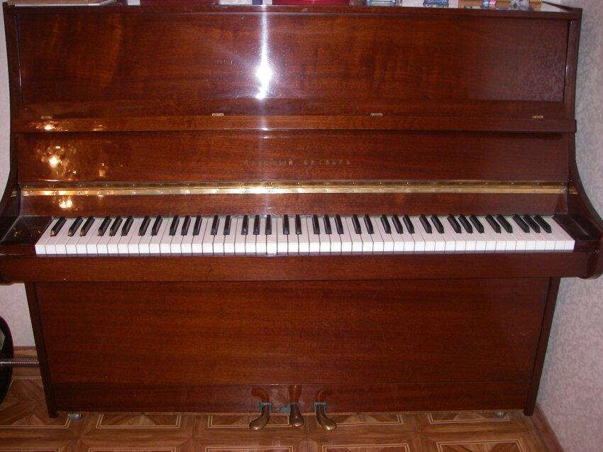 Не путайте музыкальные инструменты! 1_pianino-krasnyj-oktjabr