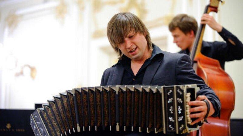 Не путайте музыкальные инструменты! Garmon-bandoneon3