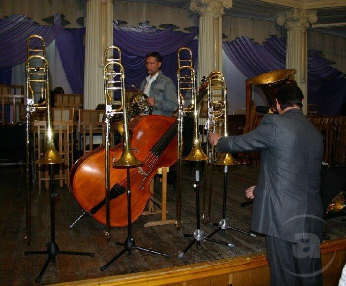 Не путайте музыкальные инструменты! Kontrabas-5-strun