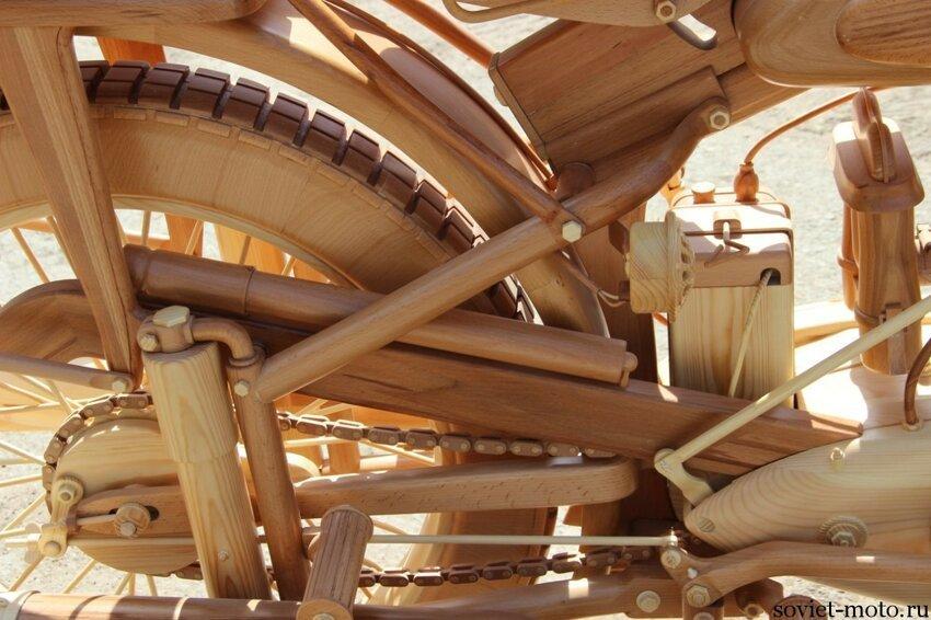 ИЖ-49 из дерева в масштабе 1:1 018