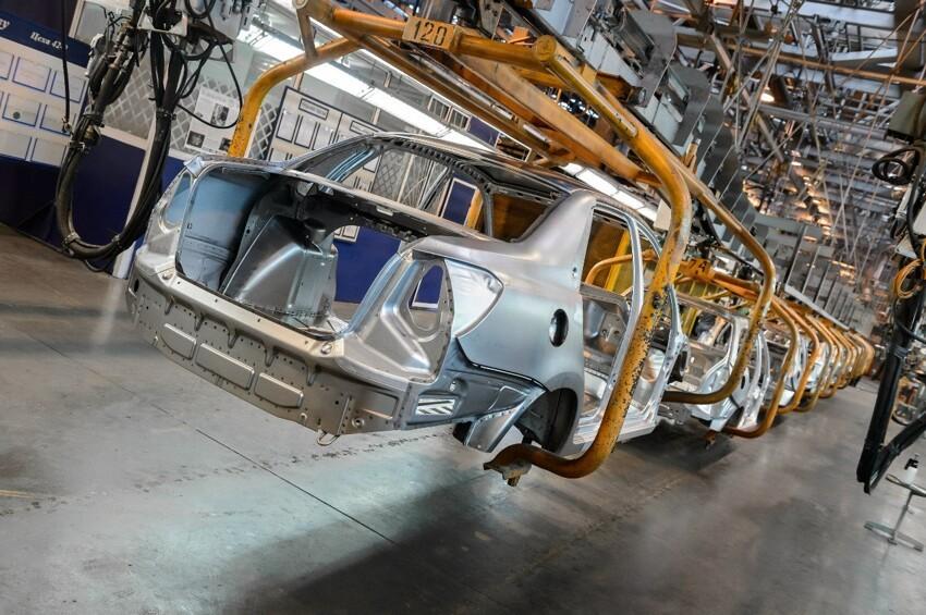 АвтоВАЗ начал серийную сборку Datsun 011