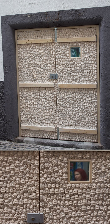 Дверь, как произведение искусства 931eb67f0a7f974e724c7ddb913e37f1