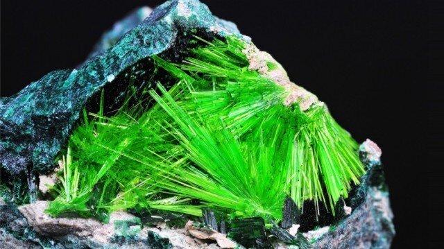 Самые удивительные минералы  83c78fc7df7b3011f4d8a0b86926c0cf