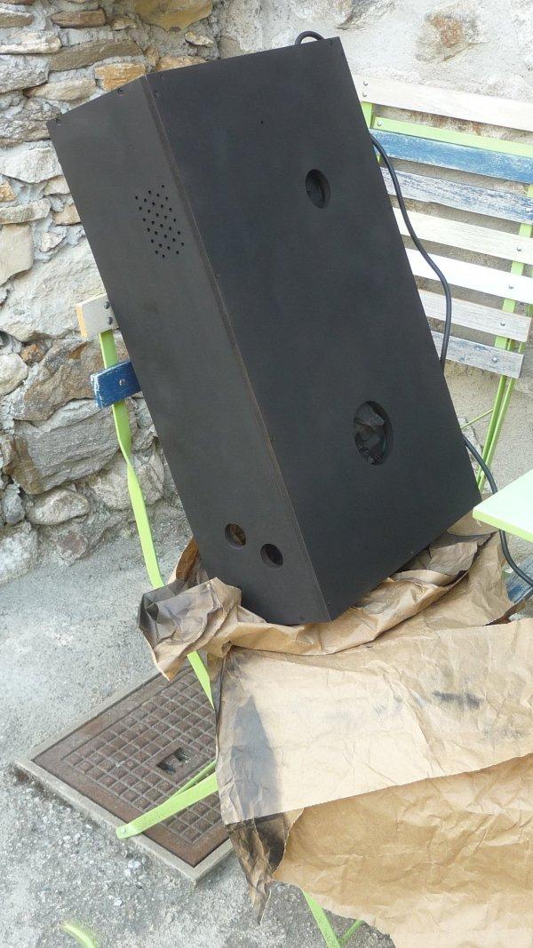 "[TERMINÉ] Mini pincab 22"" avec pc portable 152693f5-432e-4103-ae66-dd65ed899085"