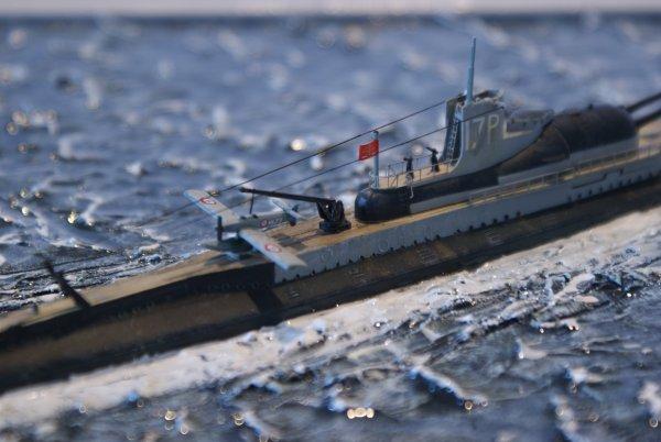 Sous-marin Surcouf au 1/400 par chenoir - Heller 3323a400-efdd-4e86-b024-6077a70feba8
