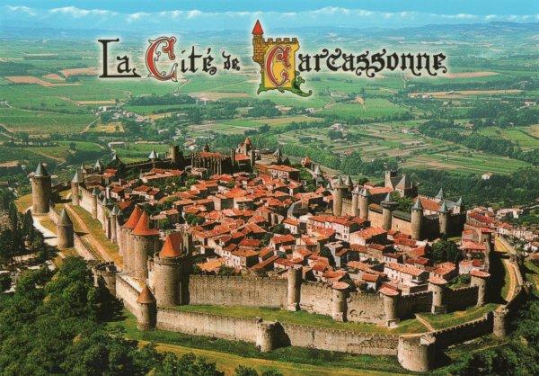 [Projet] Château fort avec sa ville médiévale 422bf34d-00ae-4f92-bdea-ef295bad5219