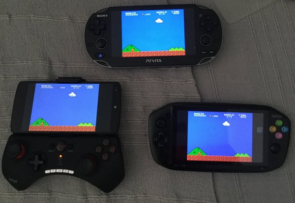 PS Vita (HENkaku) VS iReadyGo Much i5 VS Nexus 5 + iPega 9025 5da2860e-c009-4639-8c90-1a892d468393
