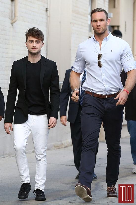 Miden más de 1,80 y se sienten discriminadas - Página 3 Daniel-Radcliffe-Jimmy-Kimmel-Live-Tom-Lorenzo-Site-TLO-3