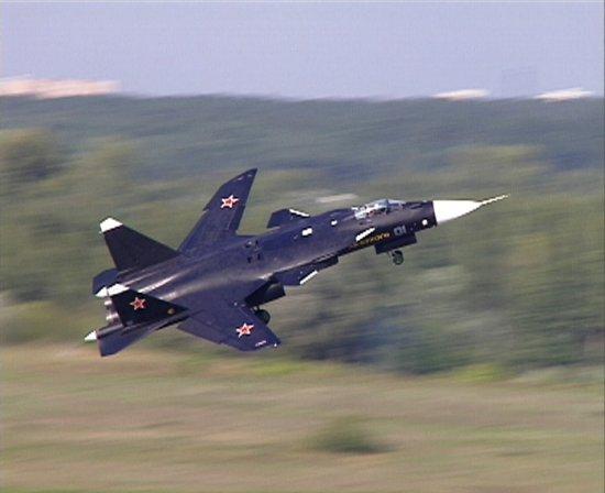 سوخوي سو-47 مع أروع الصور  Su-47-4
