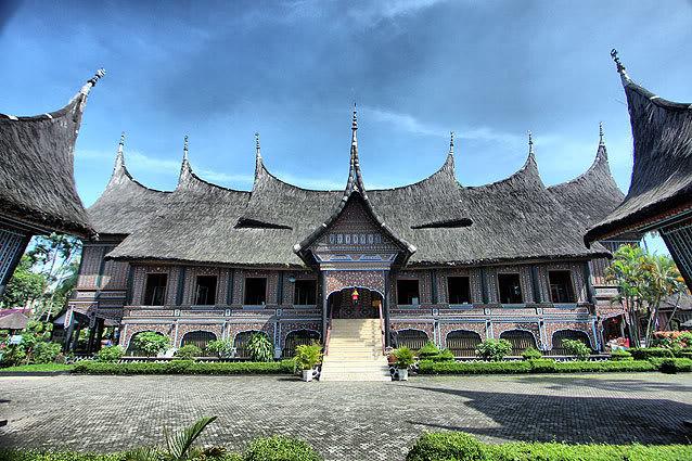 Highlights and Landmarks Rumah-adat