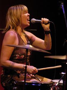 Mujeres batería Lori