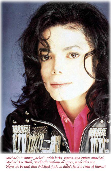 L'abito non fa il monaco....ma le giacche di Michael fanno la canzone! C12642963-1