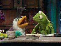 بإنفراد تام تحميل جميع مواسم مسرح العرائس المابيت شو الخمسة كاملة / The Muppet Show Full season 1- 5 BruceForsyth2-783337