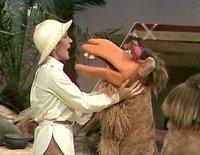 بإنفراد تام تحميل جميع مواسم مسرح العرائس المابيت شو الخمسة كاملة / The Muppet Show Full season 1- 5 Helenreddy-768047