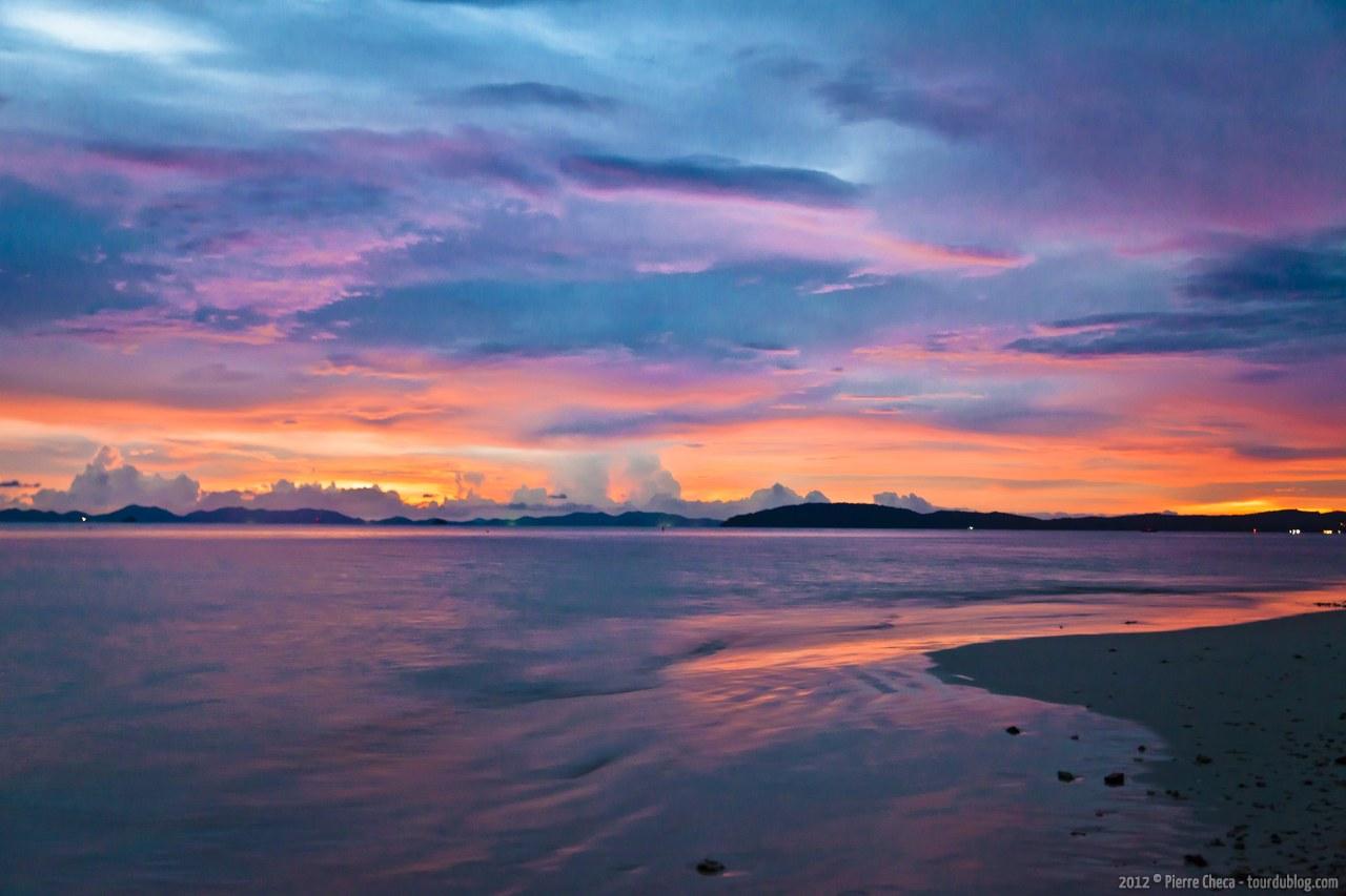 La Parole Juste  Railay-Bay-Coucher-soleil-Thailande