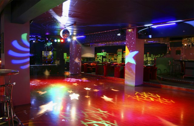 Party room! 41%20night%20club%20geneva%20%281%29