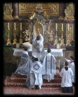 Au sujet de Vatican II  - Page 4 Messe_traditionnelle