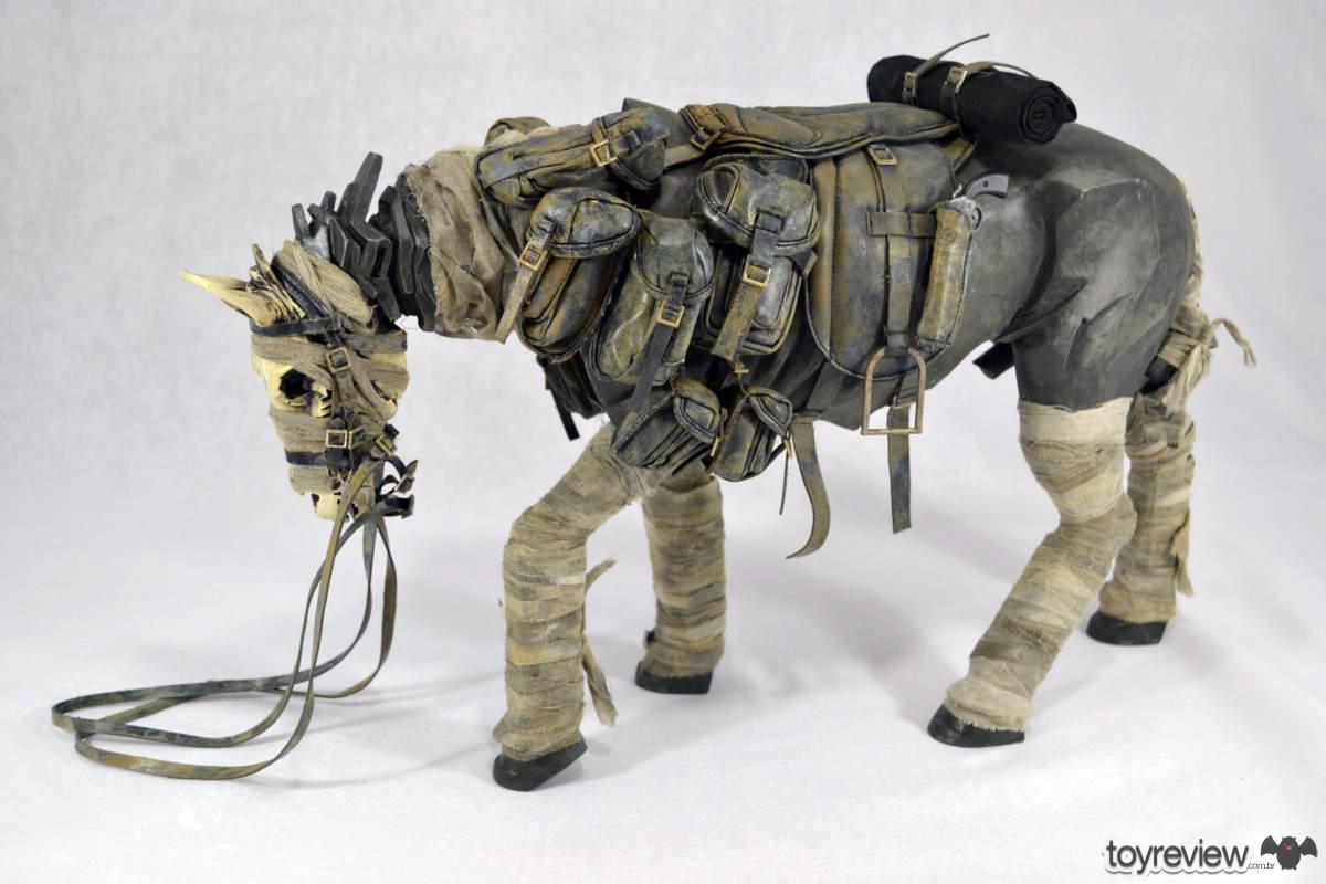 [Coleção] Rodolfo Canato - Novas Atualizações (página 7) - 18/06/2017! - Página 4 Dark_Cowboy_In_service_Of_him_Dead_Equine_3A_Toys_ToyReview.com-48
