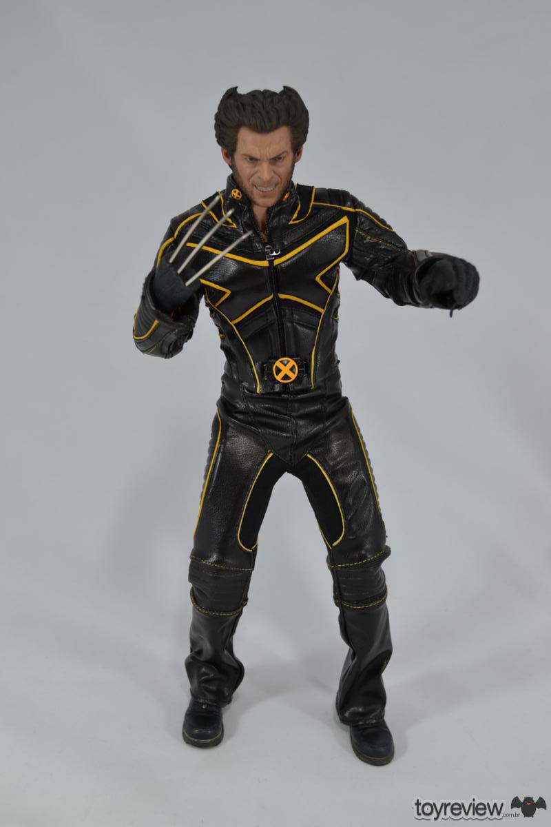 [Coleção] Rodolfo Canato - Novas Atualizações (página 7) - 18/06/2017! - Página 4 Wolverine_Last_STand_Hot_Toys_Review_ToyReview.com-11