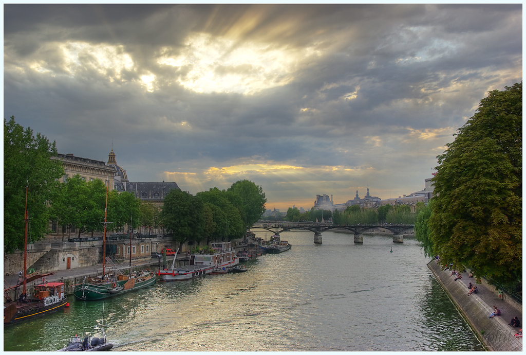 A Paris au mois d'août.  IMGP1352R%20HDR