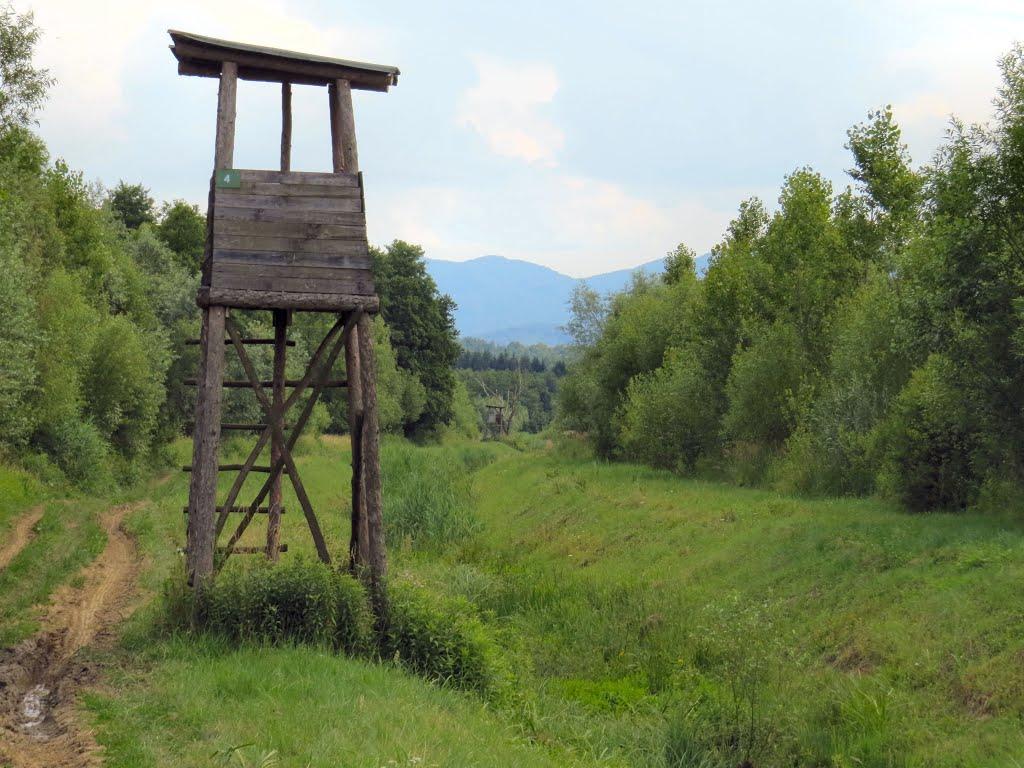 Čeke i osmatračnice Lovacke-ceke