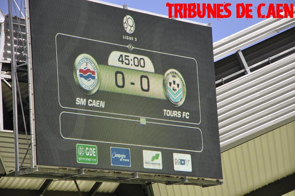 Le stade Michel d'Ornano - Page 2 Tours03