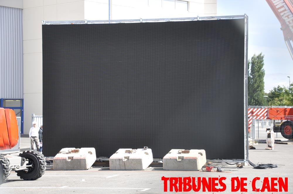 Le stade Michel d'Ornano Ecrans-016