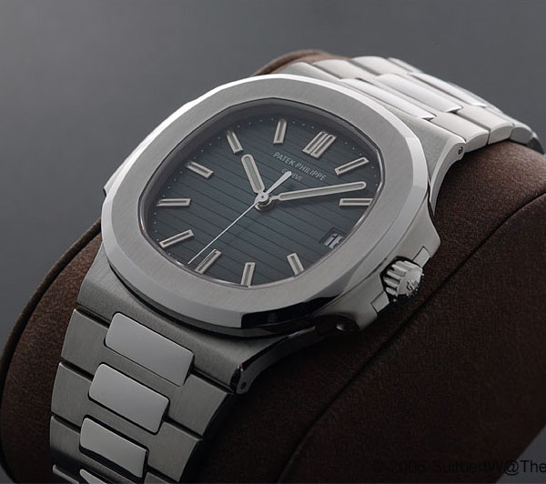 vacheron - VACHERON DUAL TIME Patek-philippe-nautilus-ref-5711-and-5800-031